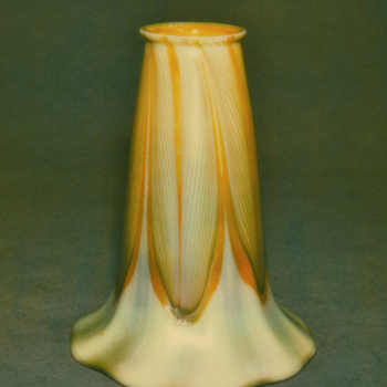 QUEZAL ART GLASS SHADE - Art Glass