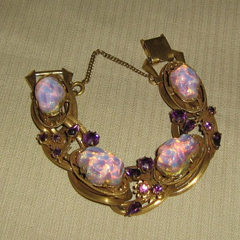 1950&#039;s or 60&#039;s opal imitation - Costume Jewelry