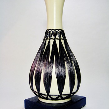 UNKNOWN AUSTRIAN POTTERY VASE -ERA:MCM - Art Pottery