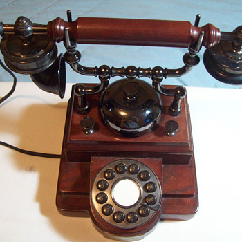 Spirit of St. Louis Antique Telephone Replica Model 541.047 Tabletop Phone  - Telephones