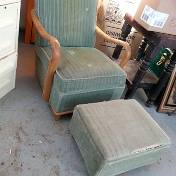 Platform Recliner 1940s? - Furniture