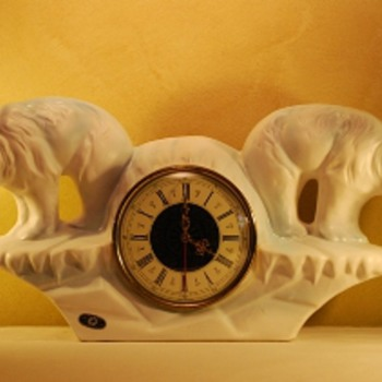 Jema Holland (469) Double Polar Bear Mantle Clok - Clocks