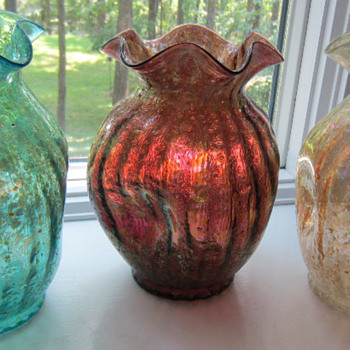 Dugan Vase in Three Colors - Art Glass