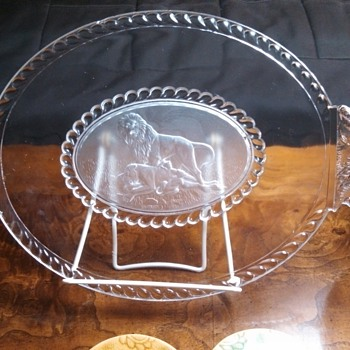 Gillinder&Sons Lion Family Plate circa 1877 - Glassware