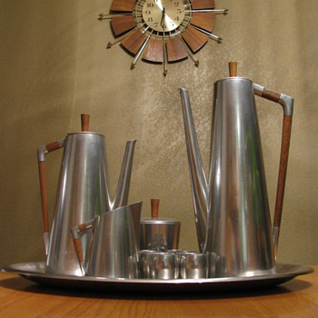 Mid Century Modern Royal Holland Pewter Coffee/Tea Set - Mid-Century Modern