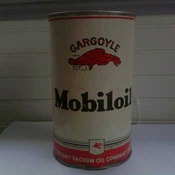 Early 1940's Mobiloil Gargoyle Can - Petroliana