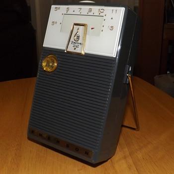 EMERSON 988 RAMBLER 1960 - Radios