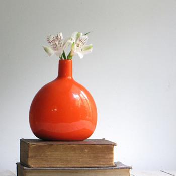 JARU Vase - Art Pottery