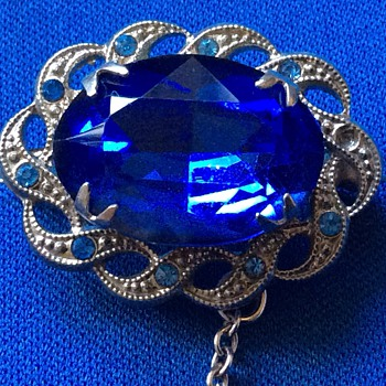 Vintage blue brooch - Costume Jewelry