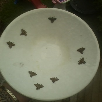 brass bee pottery bowl