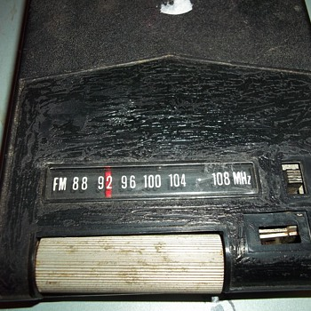 8 TRACK FM RADIO CARTRIDGE