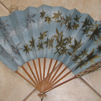 1893 Chicago bamboo hand fan