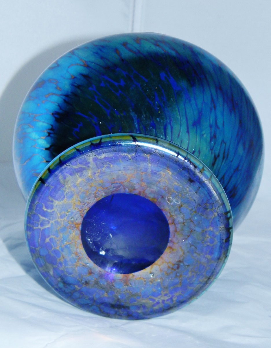 art deco loetz cobalt papillon vase collectors weekly. Black Bedroom Furniture Sets. Home Design Ideas