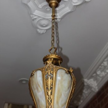 1880's entry light - need feedback on what it's worth.... - Lamps