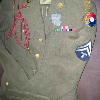 WWII Army Suit and Shipping Box from germany to Home  - Military and Wartime