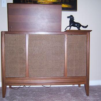 Sylvania console stereo