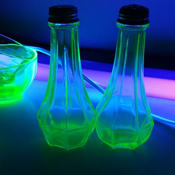 uranium glass how to tell