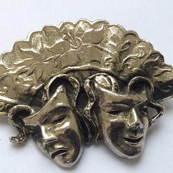 Vintage silver brooch - Fine Jewelry