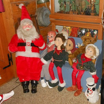 Still Yet More Christmas Decor - Christmas
