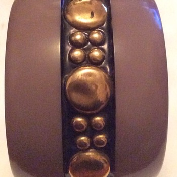 Bakelite bangle - Costume Jewelry
