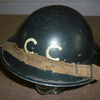 British Railways WW11 steel helmet. - Military and Wartime