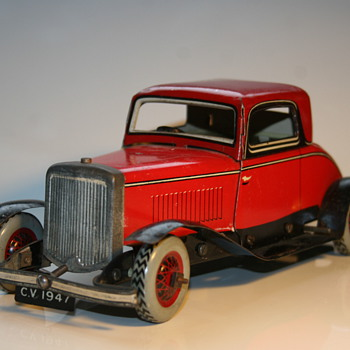 2 door tin toy clockwork Coupe by Chad Valley - Model Cars