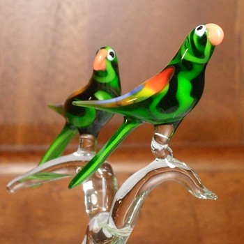 Parrots in a Tree - Art Glass