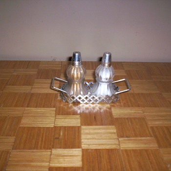 Salt & Pepper Set - Kitchen