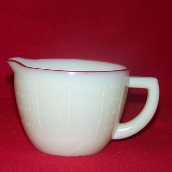 McKee Custard Glass Measuring Cup Under Different Lighting