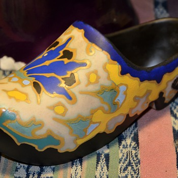 Gouda Shoe - Regina Gouda Holland - Art Pottery
