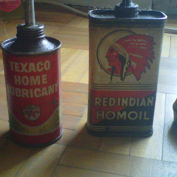 Red Indian Homoil tin - Petroliana
