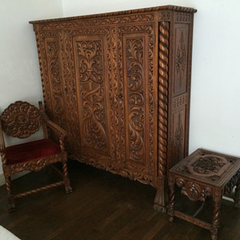 Can anyone tell style and age? - Furniture