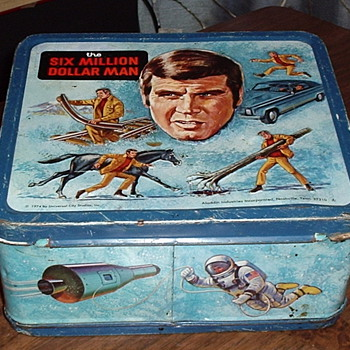 1974 &quot;SIX MILLION DOLLAR MAN&quot; Lunch Box.