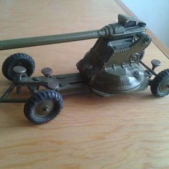 BRITIANS ANTI AIRCRAFT GUN 1946 - Toys