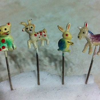 Metal Hand Painted Pins - Sewing