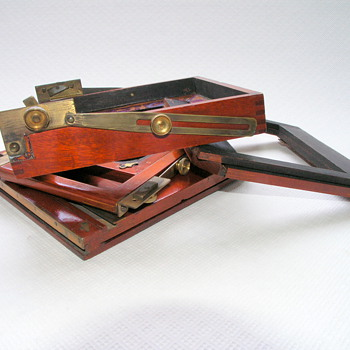 Allen, W. | Ideal Field Camera | 1902  - Cameras