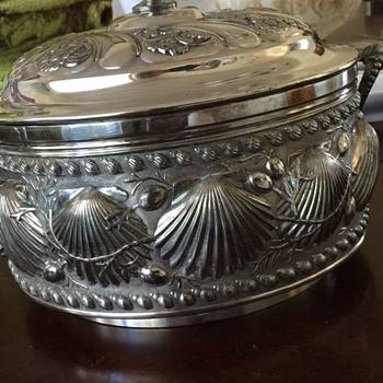 James W Tufts Boston Soup Tureen Seashell design - Sterling Silver