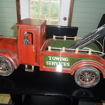 "Towing Services Truck 29""long, and 13""high - Model Cars"