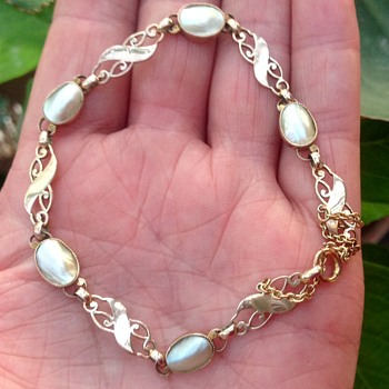 Murrle Bennett 9ct Gold and Blister Pearl Bracelet.