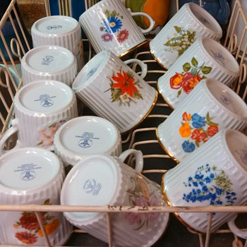 Bohemian Birthday Mugs Flowers motiff - China and Dinnerware