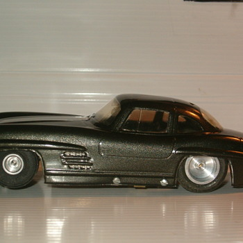 1/24TH MERCEDES 300 SL GULLWING AMT - Model Cars