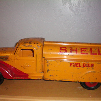 1938 shell tank truck