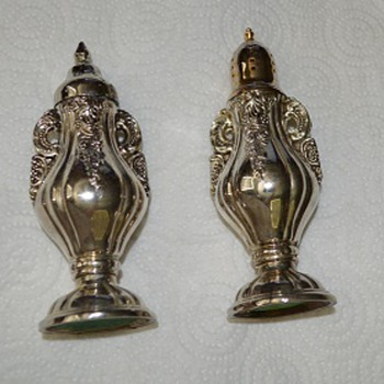 GODINGER SILVER ART CO SALT AND PEPPER SHAKERS =^) JUST FOR YOU GARGO