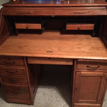 Antique Roll Top desk - Furniture