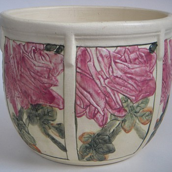 Old Pottery Rose Planter~Every Rose is different!~What&#039;s the Mark?