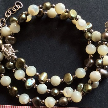 Antique or vintage pearl necklace ?