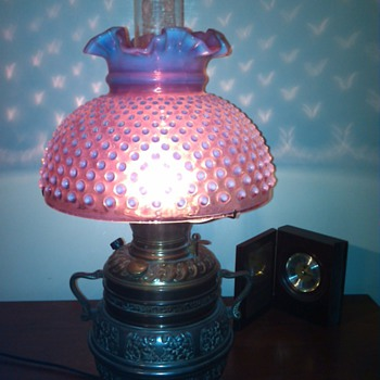 Fenton Cranberry Gone with the Wind Hobnail lamp