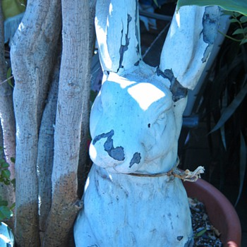 The ghostly rabbit (pottery statue)  - Art Pottery