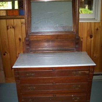 Victorian Era dressers - Furniture