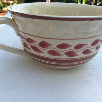 Adams china tea cup, red vines and lines?